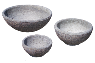 Round planters small, medium and large